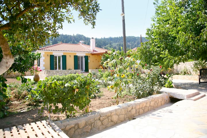 A Beautiful Cottage in Kefalonia ! - Cephalonia Prefecture