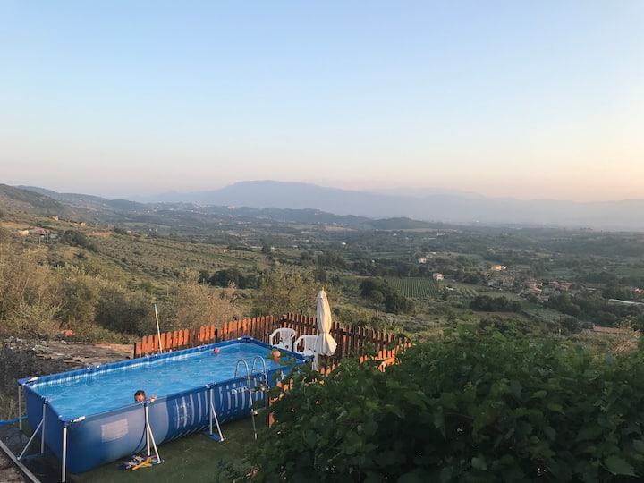 House near Rome with Beautiful Views and Pool