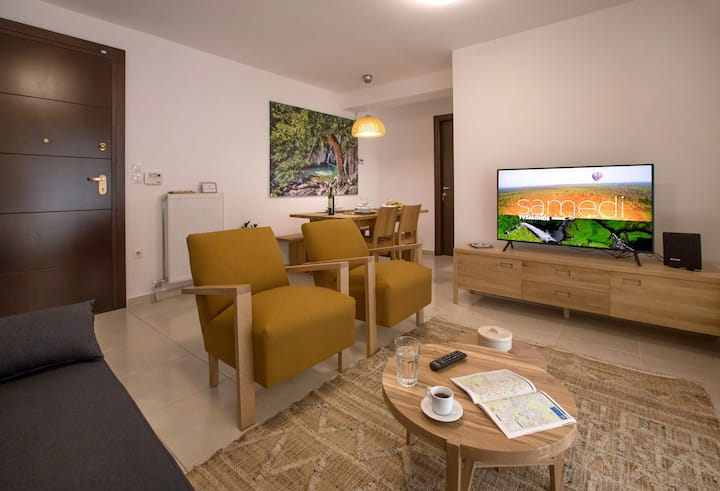 A brand new Acropolis apartment with parking