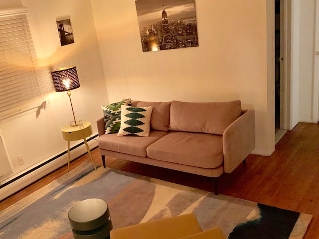 Inviting Jersey Garden Apartment (NYC 15-20 min)