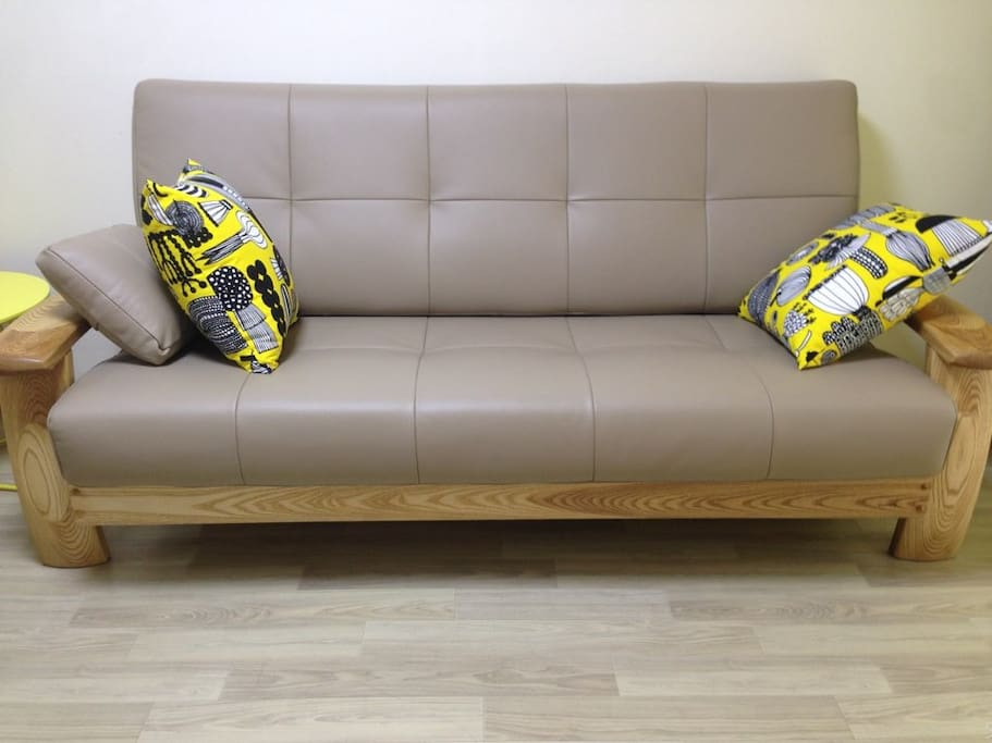 A sofa for three persons.