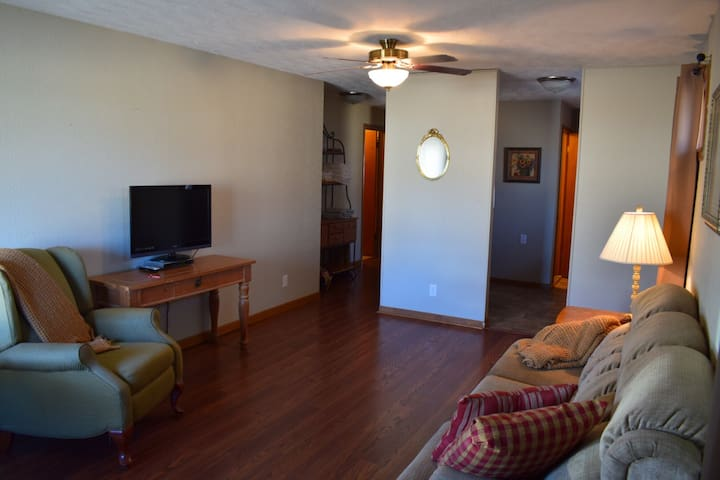 Very clean and updated with room for 4!