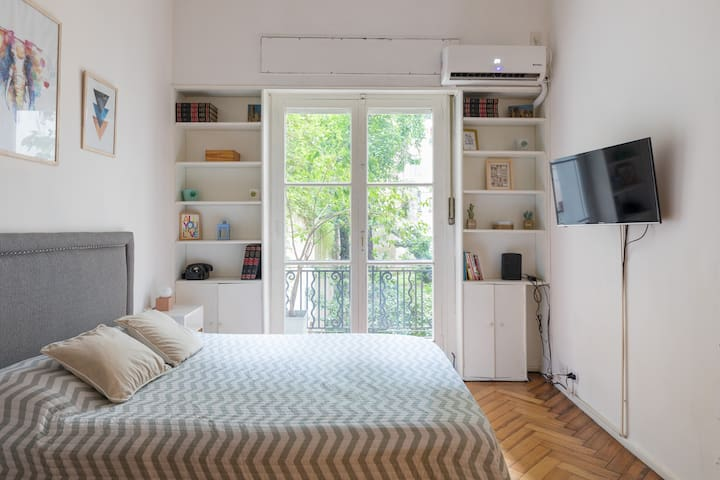 Cosy and silent apartment in Recoleta!!