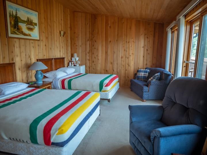 Yellowbird Lodge - Chalet #103