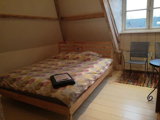 Cosy room in sfeervol Oostzaan
