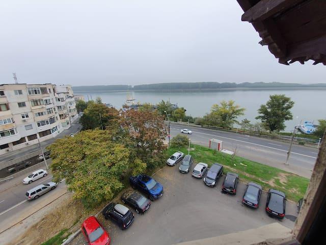 Central Top Floor Studio over-looking the Danube