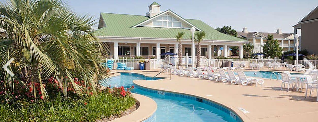Harbour Lights Resort near Golfing and Beach3