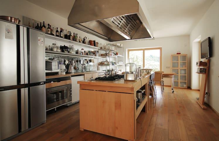 cucina esposta all'energia dell'est