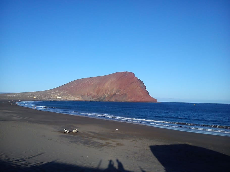Red Mountain and La Tejita Beach at 400 meters from the complex.