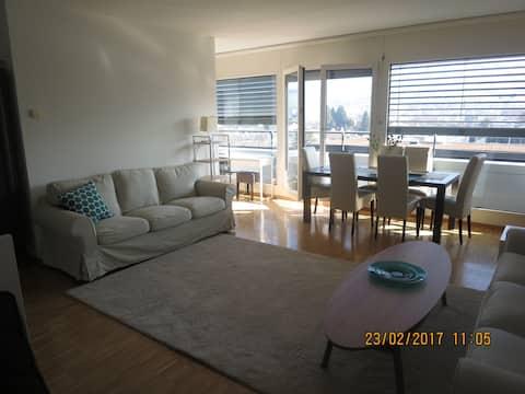 Spacious, modern apartment,  nice views, CENTRAL