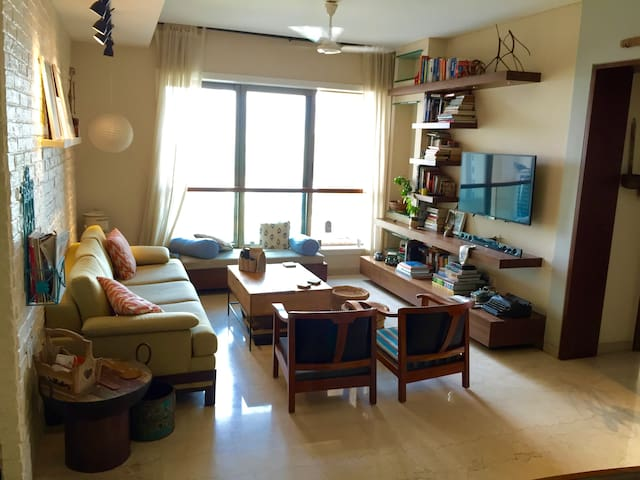 Centrally located, chic 1 BHK with stunning views - Mumbai - Appartamento