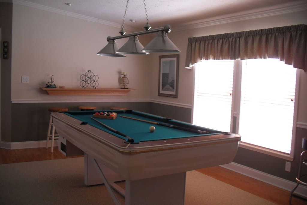 Playroom with Auto return Vintage Pool Table