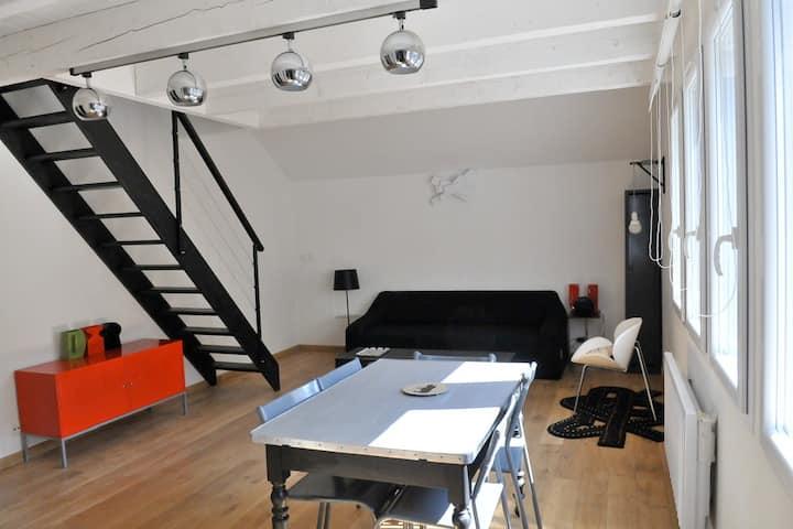 Studio duplex dans maison de ville Annecy