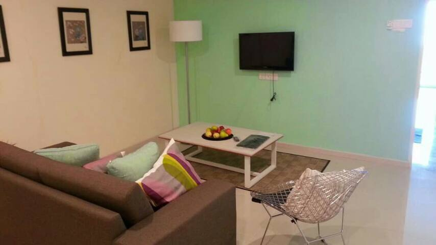 Marina studio apartment for Rent with balcony view