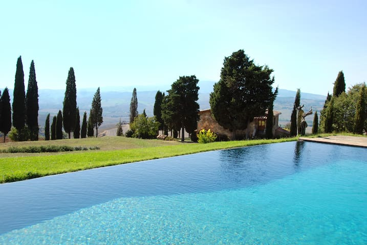 Authentic Tuscan Farm with Pool