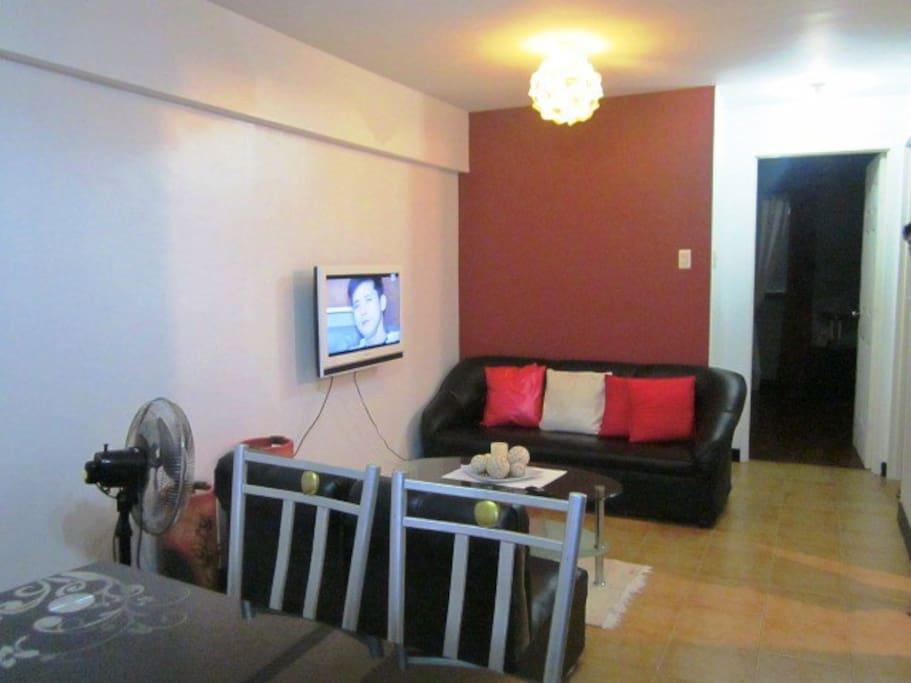 unit 404 amber (facing amenities)