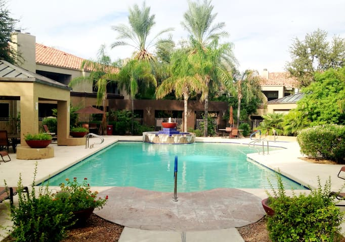 Beautiful Scottsdale Condo - Scottsdale - Apartament