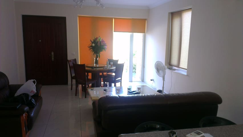 Lovely guest house for perfect vacation - Agios Tychon - Apartemen