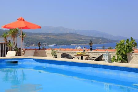 VIRGINIA HOTEL - SAMOS - Samos - Bed & Breakfast