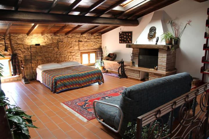 Mansarda in Valpolicella  - San Pietro In Cariano - Loc. Castelrotto  - Bed & Breakfast