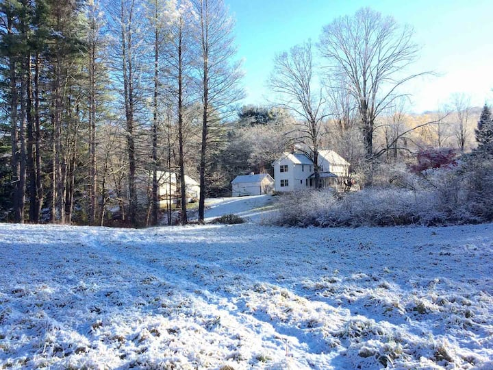 Litchfield County Ensuite Getaway