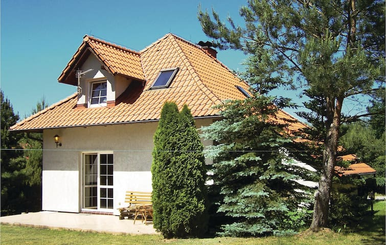 Holiday cottage with 3 bedrooms on 140m² in Szteklin