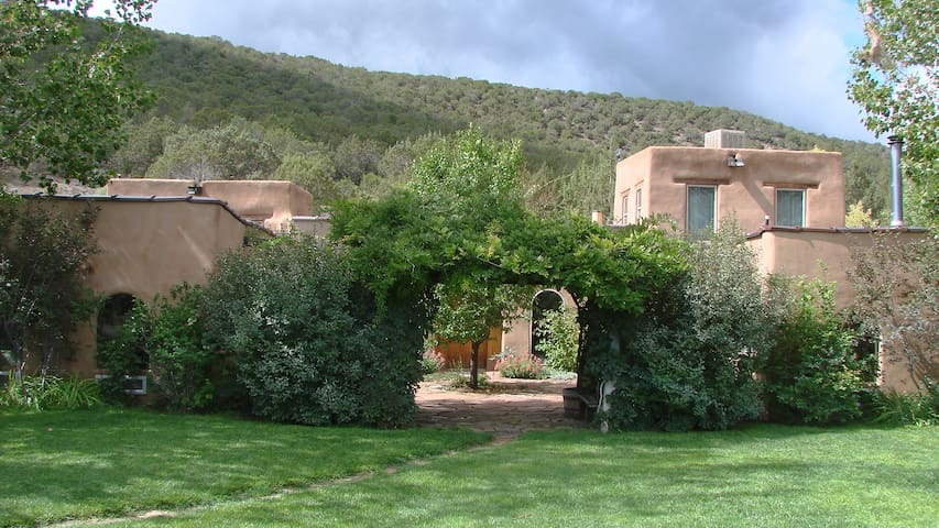 Private Hacienda - Secluded Setting