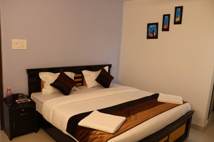 BUDGET HOTEL NEAR TO AIRPORT