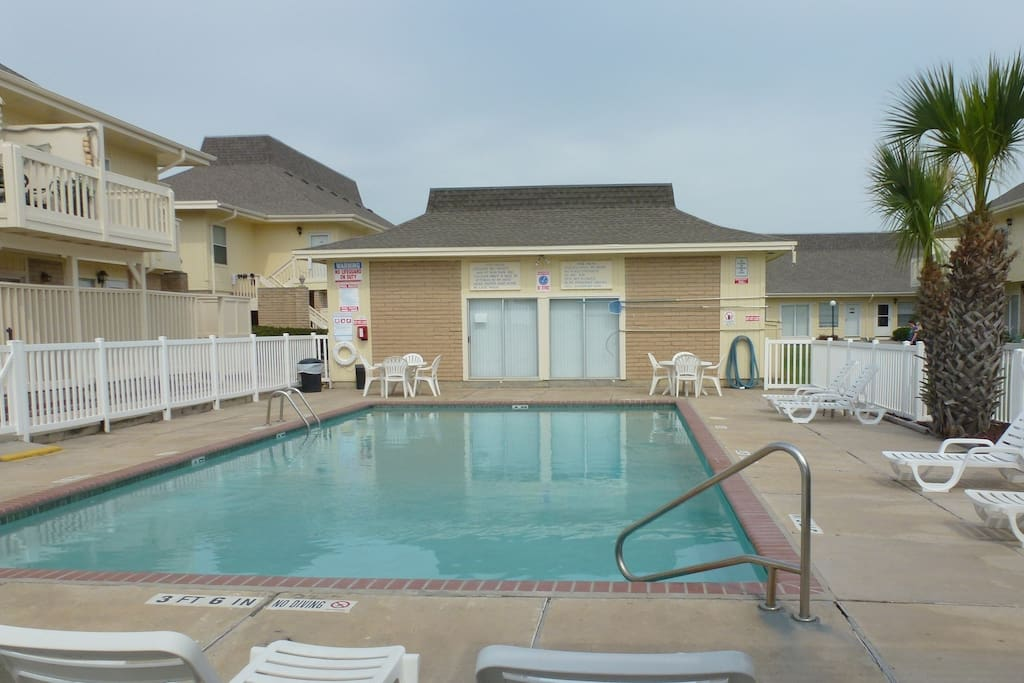pool on property - our unit is in far right corner in back...