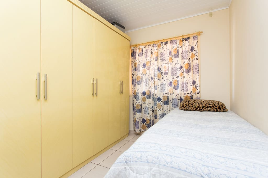 Cozy room in city smile maisons louer s o jos dos for Maison smile