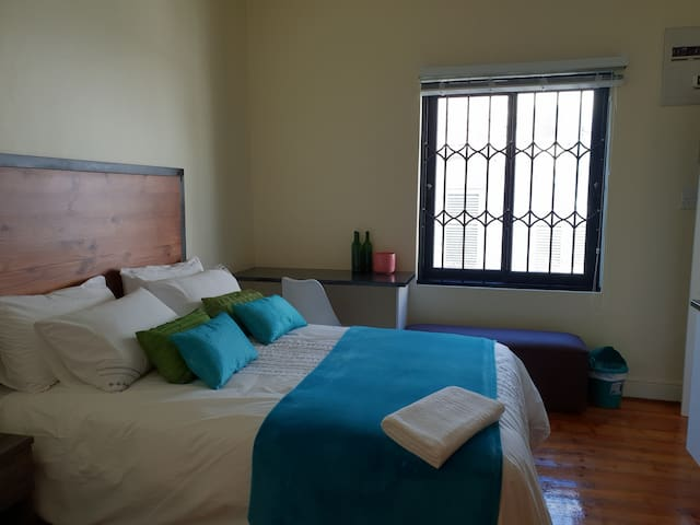 Great studio only minutes from Green Point stadium