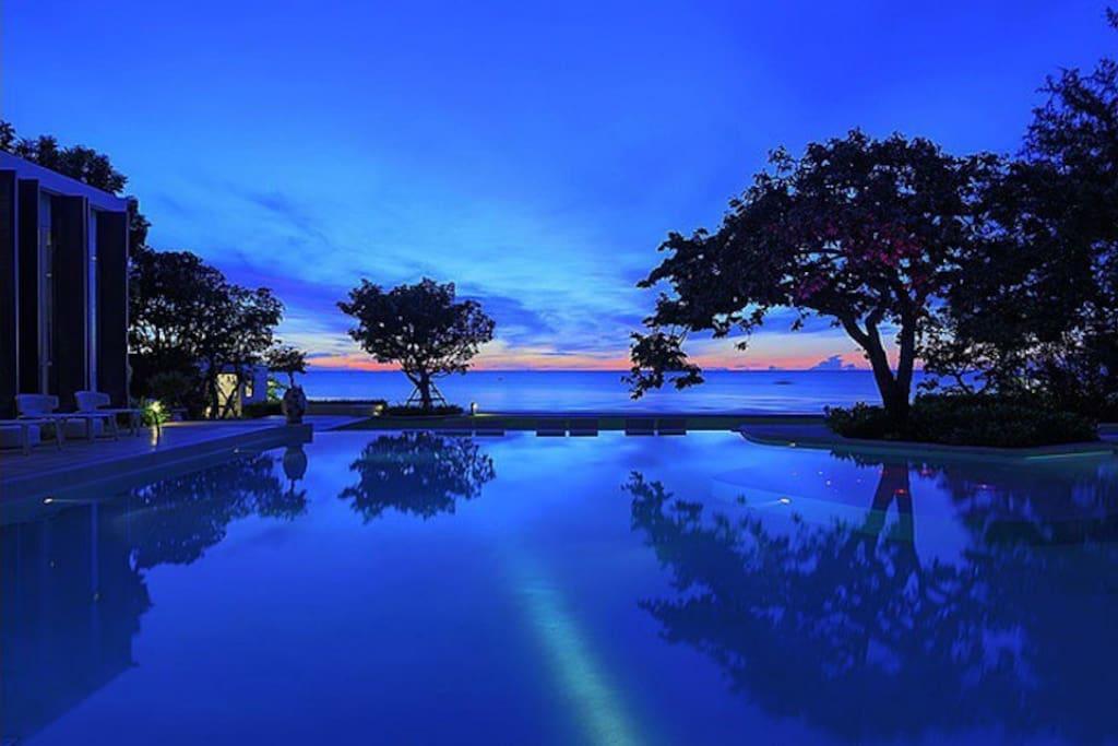 Enjoy the Pool at Night!