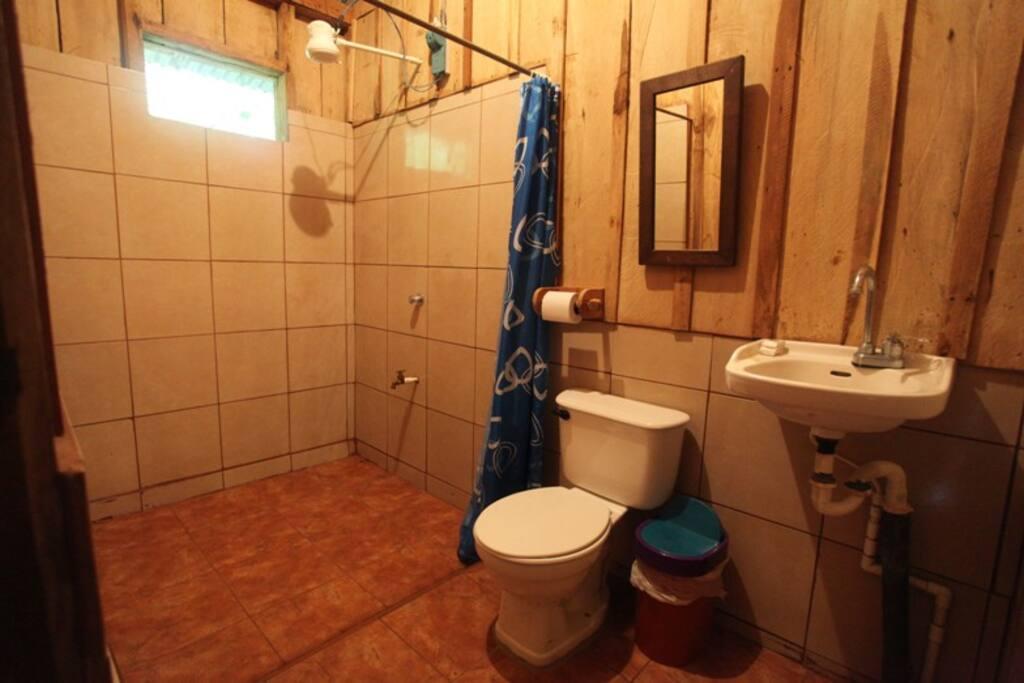 Baños privados con ducha