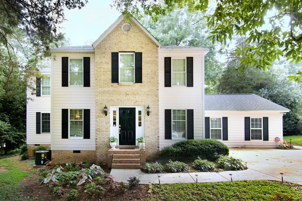 The glenoe house houses for rent in raleigh north for The house raleigh