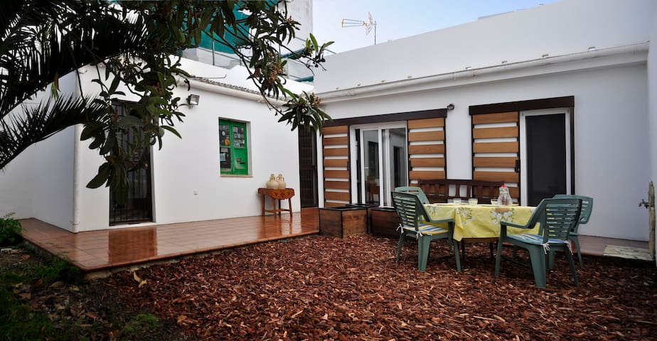 Spacious&charming home next to venues&promenades - Isla Cristina