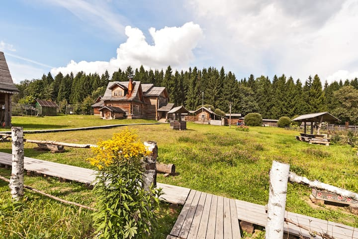 Guest izba w/ Banya Podvorye Dimino - Sergiyev Posad - Huis