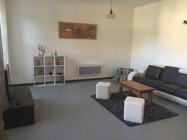 Appartement T2 (60 m²) proche Tarn et centre ville