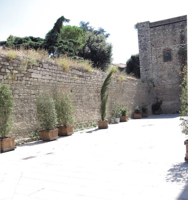 particolare mura centro storico