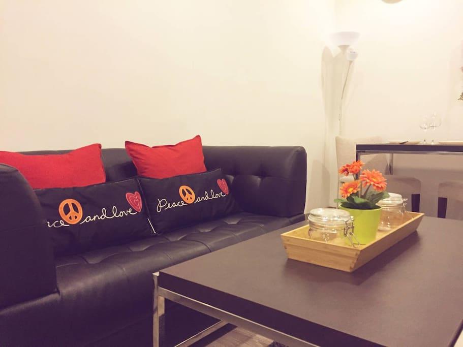 KL Cozy Home @ Perfect Location + Fiber Optic Internet