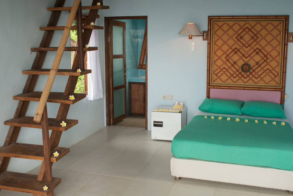 Bedroom (with 2nd bed on the mezzanine)