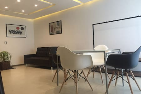 Luxury 2bdr apartment near the best of Guadalajara - Guadalajara - Wohnung