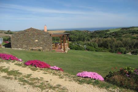 La Chintana Suite, Villa Romantica Vista Mare - Sassari