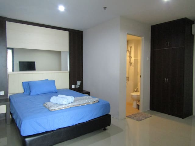 400m to Near NagoyaHill - 2BR, 4-5pax, FreePickUp
