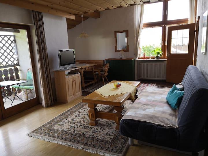 Wohnung mit Balkon: Hell, ruhig und großzügig