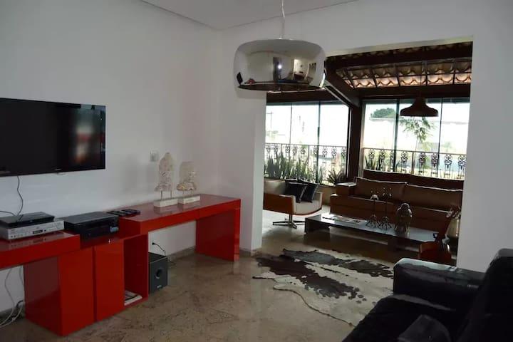 Quarto em casa Belo Horizonte