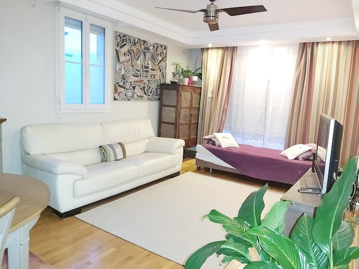 Smart Flat, 2BR/5p., 78 m2+Parking. Versailles 10'