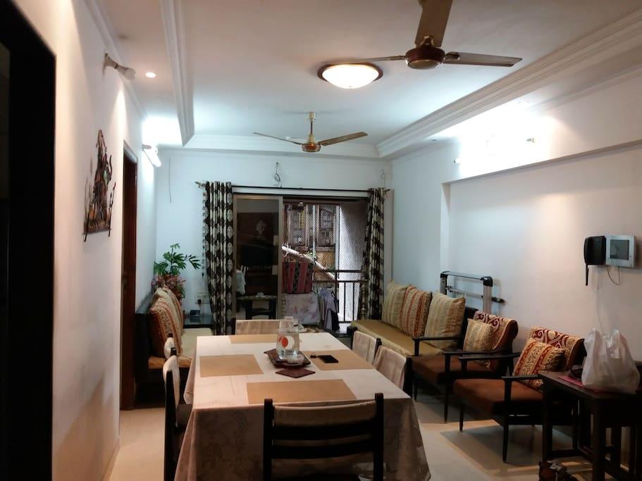 Private room at dadar tt circle apartments for rent in - The living room mumbai maharashtra ...