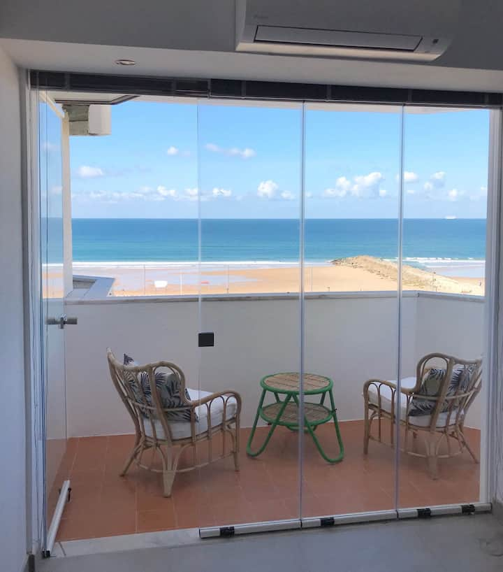 NEW T1 ! Amazing Panoramic Beach View in Caparica