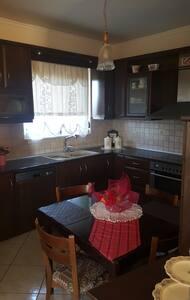 Beautifull and Shinny Room! - Chania - House - 2