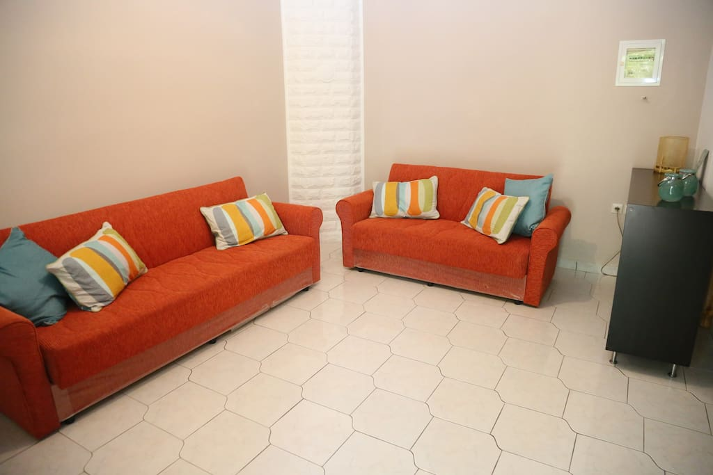 Spacious open plan, lounge, kitchen, diner with 2 x sofa beds